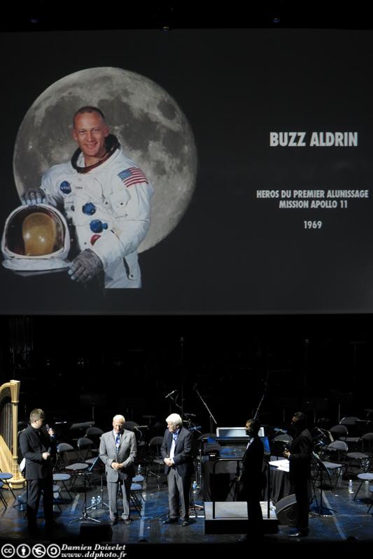 Buzz Aldrin était à Paris ce 11 octobre 2012 au Festival Jules Verne Grand Rex  IMG_1421